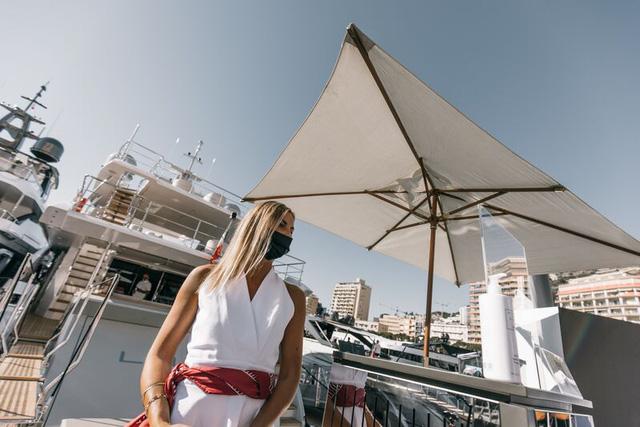 Cảnh xa xỉ tại triển lãm du thuyền Monaco, nơi quy tụ tài sản của nhà giàu thế giới - Ảnh 12.