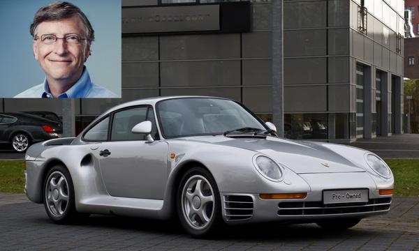 Đồng sáng lập, cựu CEO Microsoft, Bill Gates có vẻ thích những mẫu xe của Porsche. Ông có một bộ sưu tập xe Porsche và mẫu xe đắt giá nhất trong bộ sư tập này là chiếc Porsche 959. Bill Gates mua chiếc xe này từ 13 năm trước, thời điểm mà mẫu xe còn chưa được phê duyệt bởi cơ quan chức năng Mỹ.