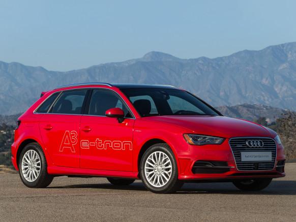 Audi A3 E-Tron 2016 là xe plug-in hybrid, có thể đi được 30 km khi chạy điện hoàn toàn.