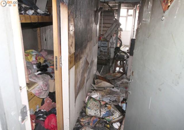 Căn hộ của gia đình cô Au bị cháy vì xe 2 bánh cân bằng Hoverboard phát nổ.