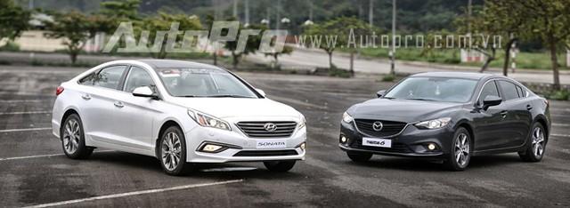 Hyundai Sonata và Mazda 6 là hai đối thủ lớn của Toyota Camry trong cùng phân khúc nhưng lại có nhiều công nghệ, cảm giác lái và giá bán tốt hơn hẳn Toyota Camry.