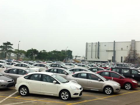 Một loạt DN ô tô đã thông báo giảm giá những mẫu xe cỡ nhỏ hàng chục triệu đồng.