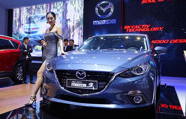 Mazda3 có thể vượt Corolla Altis trong cả năm 2015.