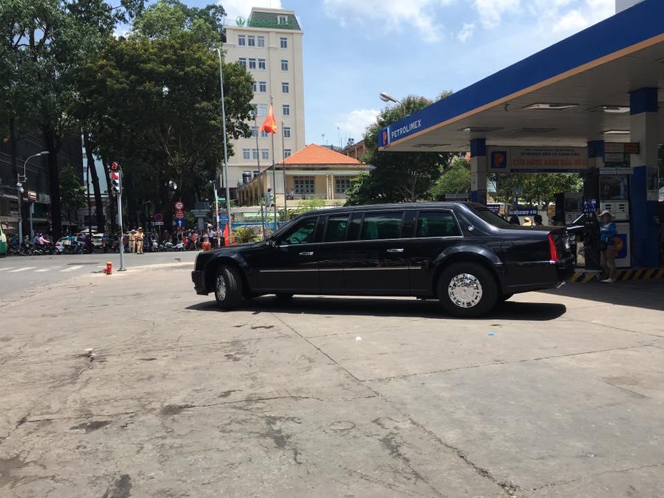Sau khi đổ nhiên liệu, hai chiếc The Beast trở về lại Lãnh sự quán Mỹ, tại đường Lê Duẩn, Quận 1 để trú ngụ.