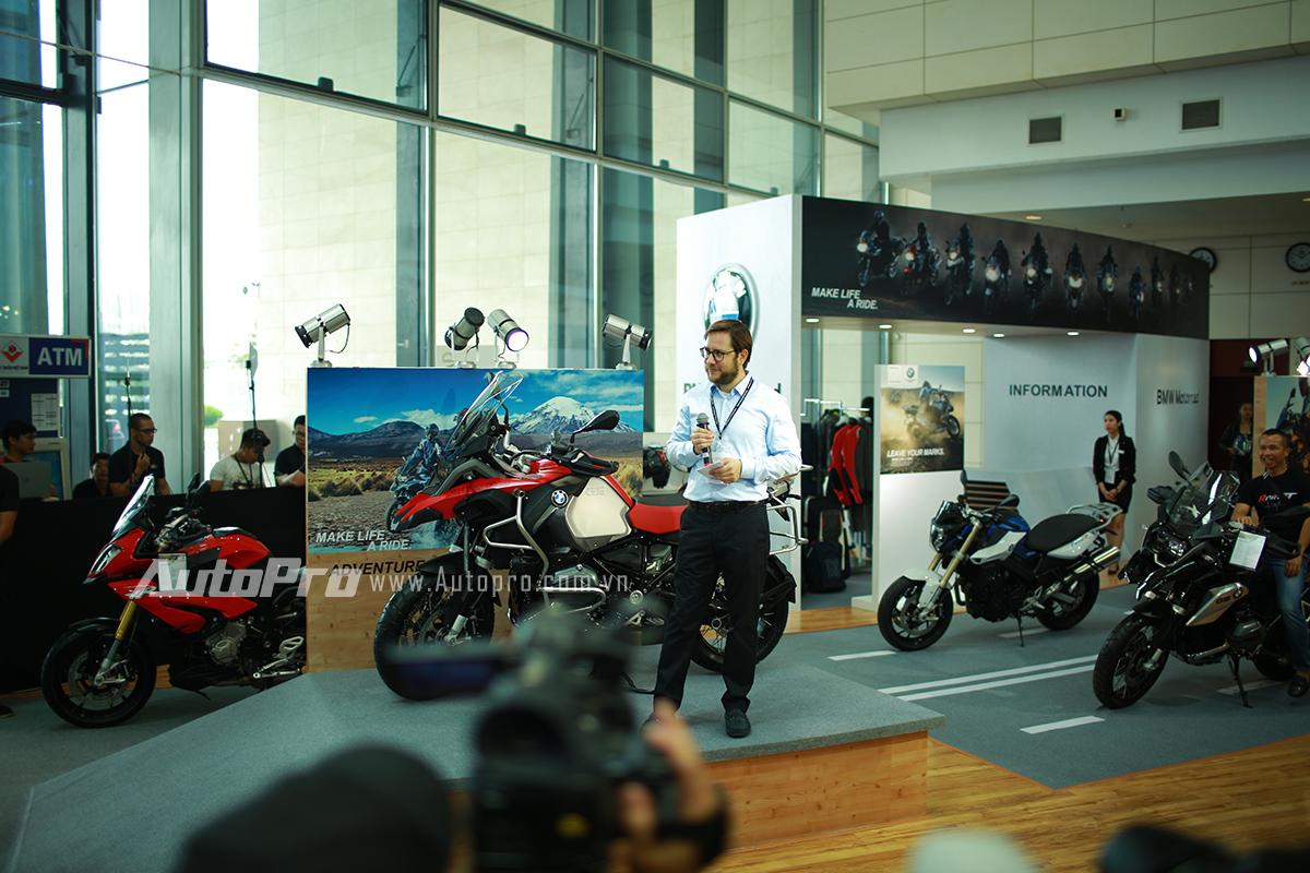 Gian hàng của những chiếc xe phân khối lớn đến từ BMW Motorrad.