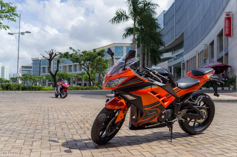 Bản nhái của Kawasaki Ninja 300 tại Trung Quốc mang tên Kengo R350. Giá bán của bản nhái chỉ bằng 3/4 mẫu nguyên bản. Theo Indian Auto Blogs, Kengo R350 còn được bán tại nhiều quốc gia Đông Nam Á, trong đó có Việt Nam.