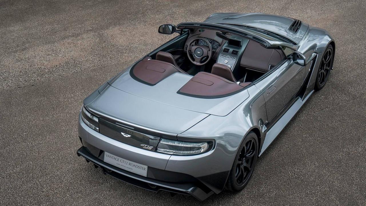 Có thể nói, Vantage GT12 Roadster đặc biệt là chiếc xe mui trần mạnh nhất từ trước đến nay của hãng Aston Martin.
