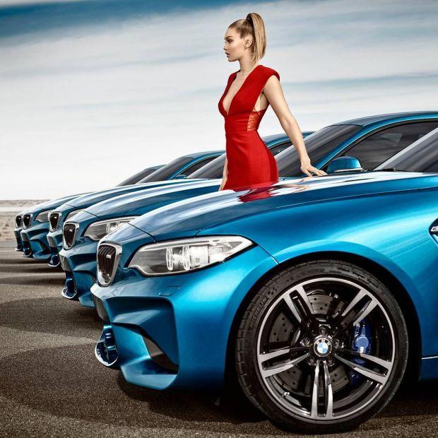 Đường cong quyến rũ của Gigi Hadid bên BMW M2.