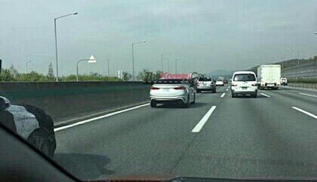 Hyundai Elantra Sport trên đường thử tại Hàn Quốc.