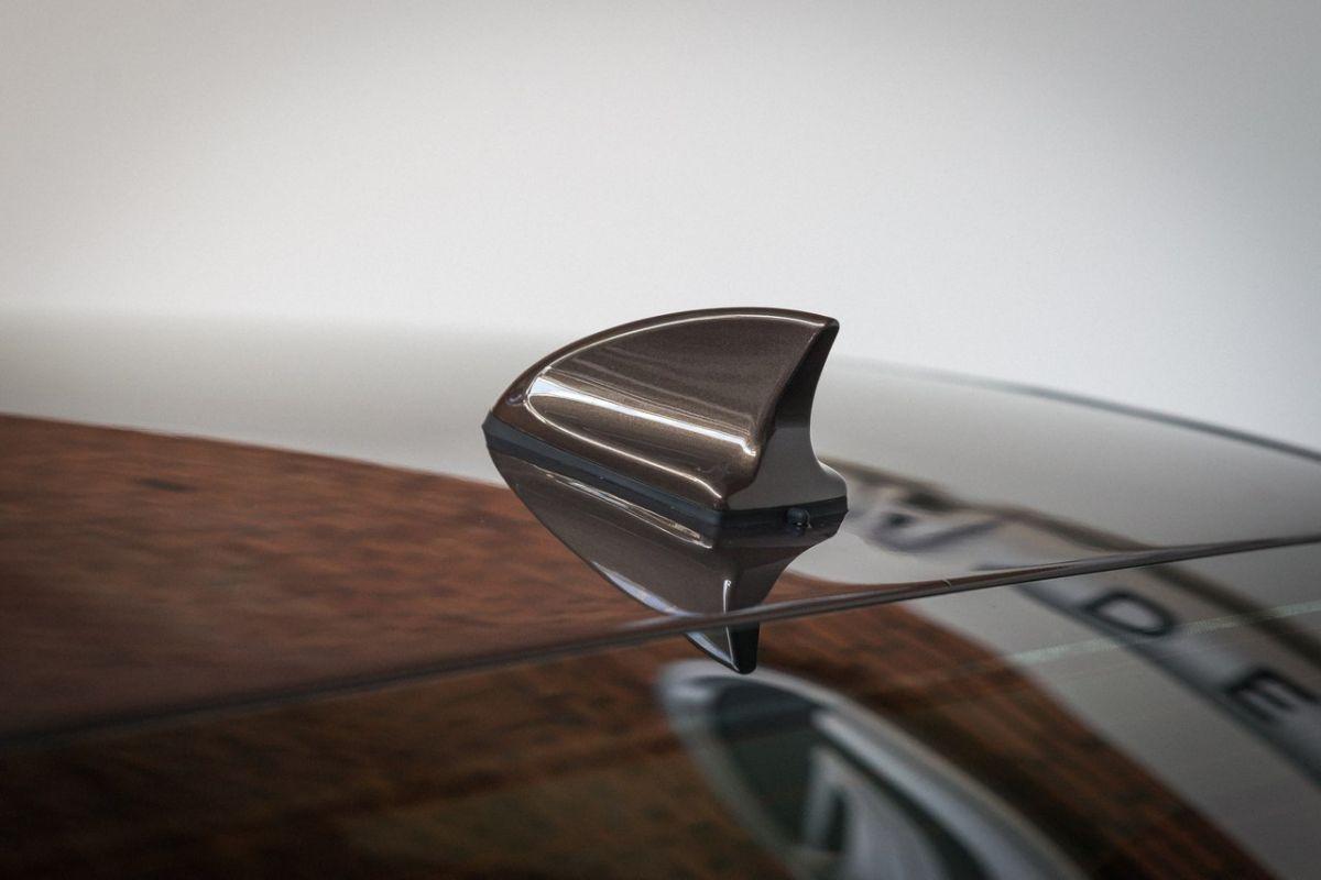 Hiện hãng Lada chưa công bố thông số vận hành cụ thể của Vesta Signature. Dự đoán, Lada Vesta Signature sẽ sử dụng động cơ xăng 1,6 hoặc 1,8 lít với hộp số tự động.