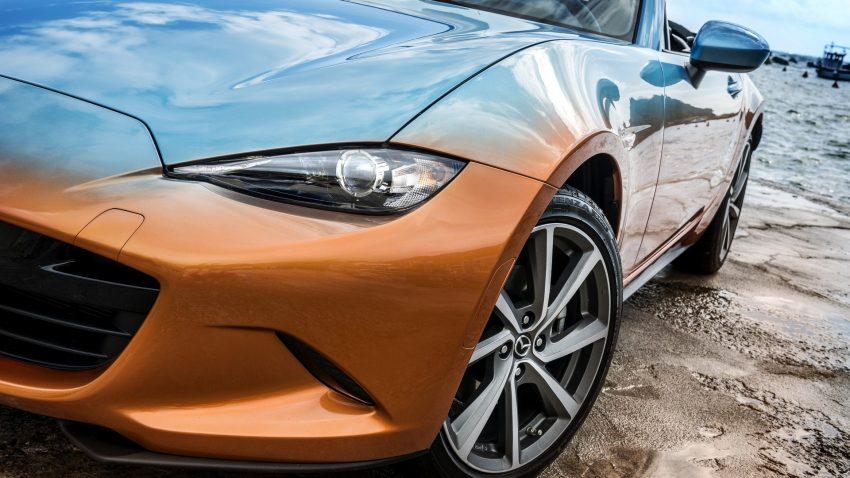 Ngoài ra, chiếc Mazda MX-5 Levanto còn có bộ la-zăng hợp kim 17 inch phù hợp.