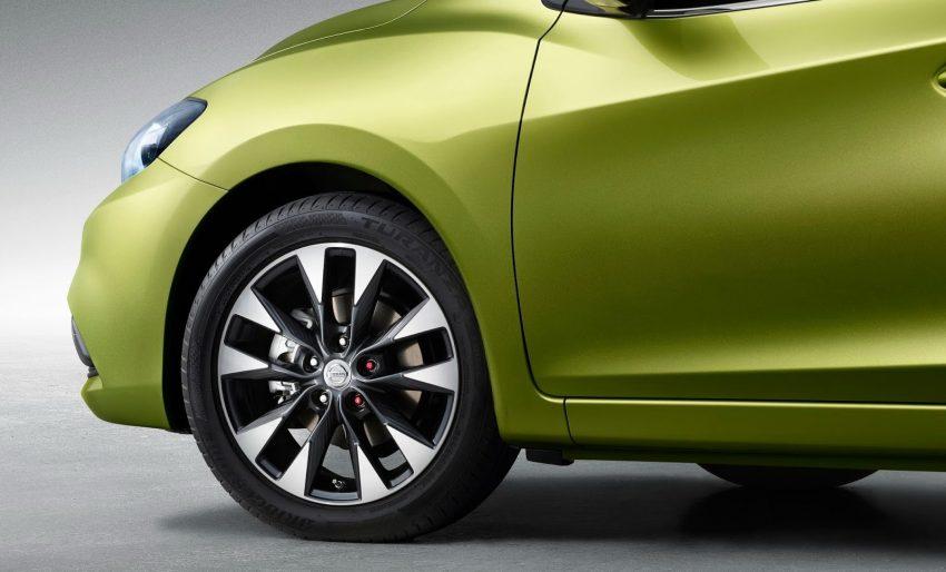 Trên thực tế, Nissan Tiida 2017 không phải là mẫu xe hoàn toàn mới. Thay vào đó, Nissan Tiida 2017 thực chất là phiên bản Trung Quốc của Pulsar hiện đang được bày bán tại thị trường châu Âu.