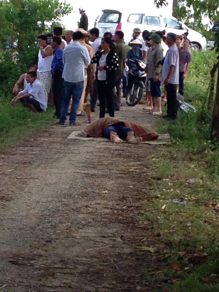Người lái ô tô con tử vong trong vụ tai nạn.