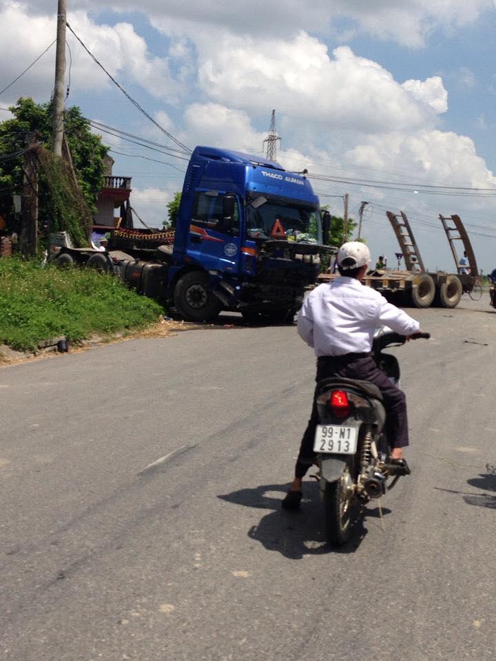 Xe container tại hiện trường vụ tai nạn.