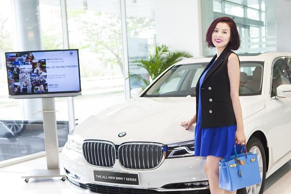 Phương Lê là một trong những người đầu tiên mua BMW 730Li 2016 tại Việt Nam.