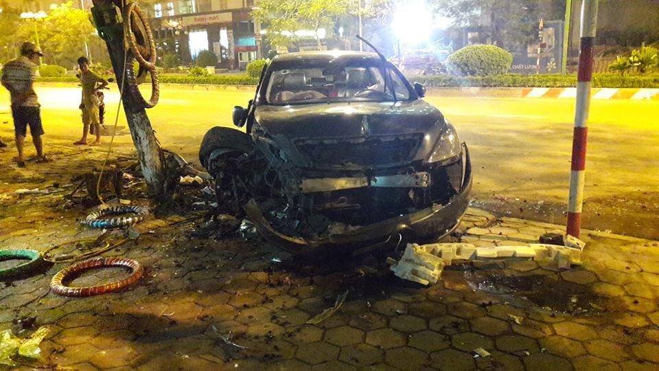 Tối hôm qua, ngày 17/6/2016, trên đường Tố Hữu thuộc quận Hà Đông, Hà Nội, đã xảy ra một vụ tai nạn liên hoàn. Được biết, vụ tai nạn xảy ra tại khu vực trước cửa tòa nhà CT7G của khu chung cư Dương Nội.