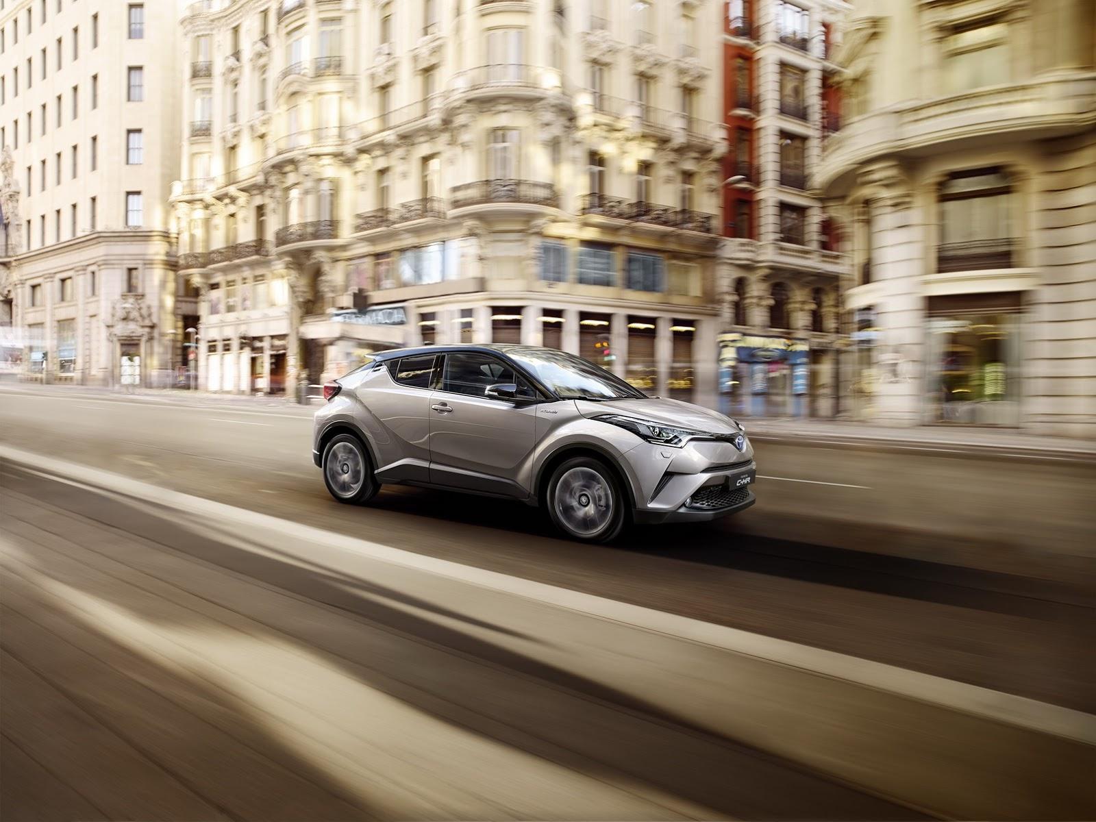 C-HR đánh dấu bước tiến của hãng Toyota trong phân khúc crossover cỡ nhỏ hiện đang cực hot với hàng loạt mẫu xe mới ra đời như Honda HR-V, Mazda CX-3, Nissan Juke, Buick Encore và Opel Mokka.