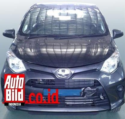 Toyota Calya hoàn toàn mới bị bắt gặp trên đường thử tại Indonesia trong tình trạng gần như không ngụy trang.