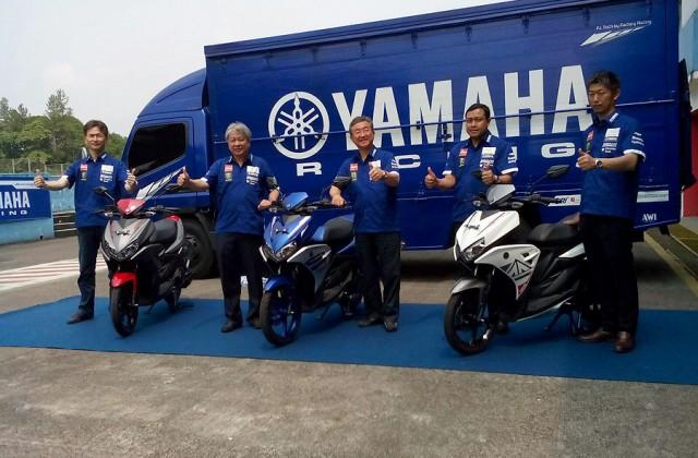 Yamaha Aerox 125LC được giới thiệu tại đường đua.