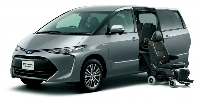 Nội thất của Toyota Previa 2016 có thể chở tối đa 8 người và đi ghế cho người khuyết tật.