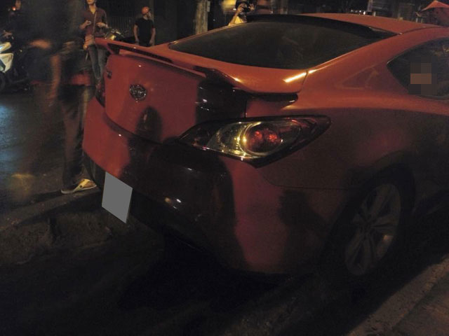 Phần đuôi xe không bị ảnh hưởng gì trong vụ tai nạn.