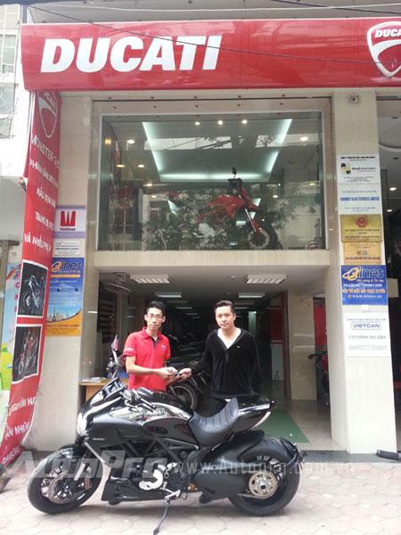 Tuấn Hưng mua Ducati Diavel Cromo vào cuối năm 2013.