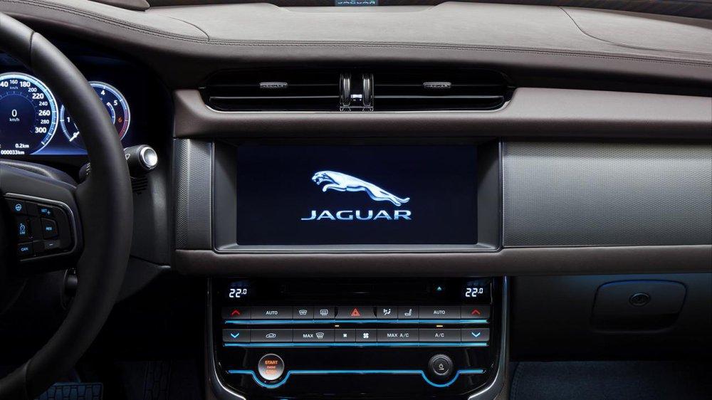 Cần phải nói thêm, XFL là sản phẩm dành riêng cho thị trường Trung Quốc đầu tiên của Jaguar Land Rover. Xe sẽ được lắp ráp tại nhà máy ở thành phố Tô Châu, tỉnh Giang Tô, Trung Quốc, cùng với Land Rover Discovery Sport và Range Rover Evoque.
