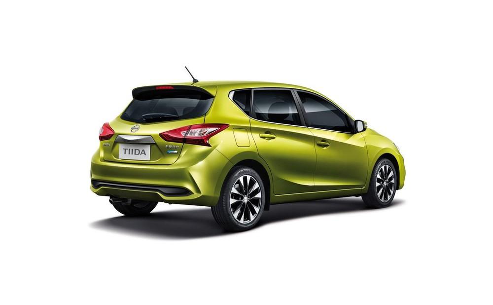 Hãng Nissan đã mở rộng danh mục sản phẩm của mình tại thị trường Trung Quốc bằng mẫu xe hatchback cỡ nhỏ Tiida 2017. Trong triển lãm Bắc Kinh 2016, Nissan Tiida 2017 đã chính thức ra mắt người tiêu dùng Trung Quốc.
