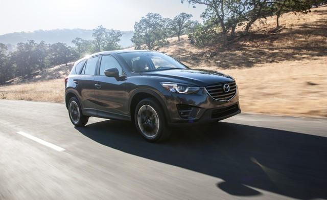 Trong triển lãm Los Angeles 2014 diễn ra vào tháng 11 năm ngoái, hãng Mazda đã chính thức giới thiệu CX-5 phiên bản 2016. Đến nay, sau hơn 1 năm, Mazda lại tiếp tục trình làng CX-5 phiên bản nâng cấp, có thể gọi là 2016.5.