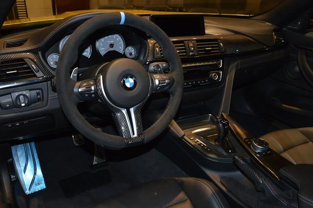 Vật liệu sợi carrbon bền và nhẹ tiếp tục được sử dụng bên trong chiếc BMW M4.