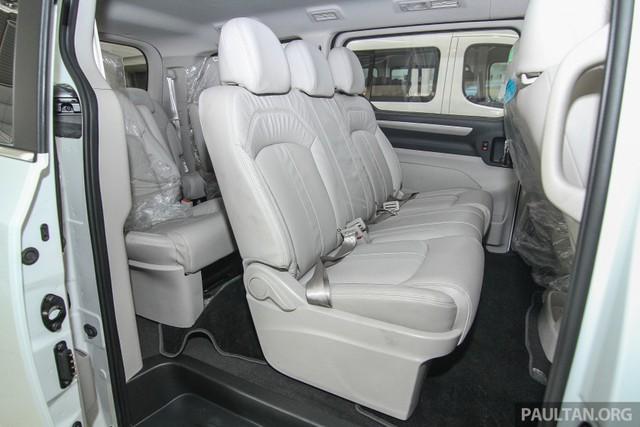 Điểm nhấn của Maxus G10 là người mua có thể tùy chọn số ghế ngồi bên trong nội thất, từ 5-11 chỗ.