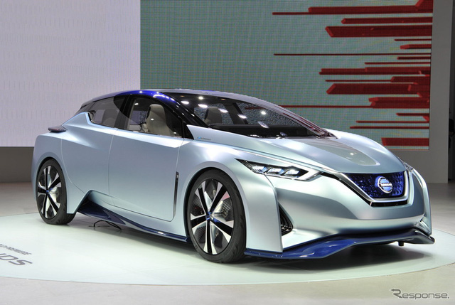 Nissan IDS là mẫu xe điện tự vận hành hoàn toàn mới đã ra mắt trong triển lãm Tokyo 2015 hiện đang diễn ra tại Nhật Bản.