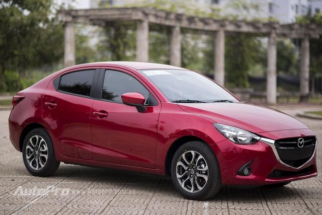 Dù là mẫu xe hạng B nhưng Mazda2 mới vẫn giữ được những đường nét đặc trưng của triết lý thiết kế Kodo.