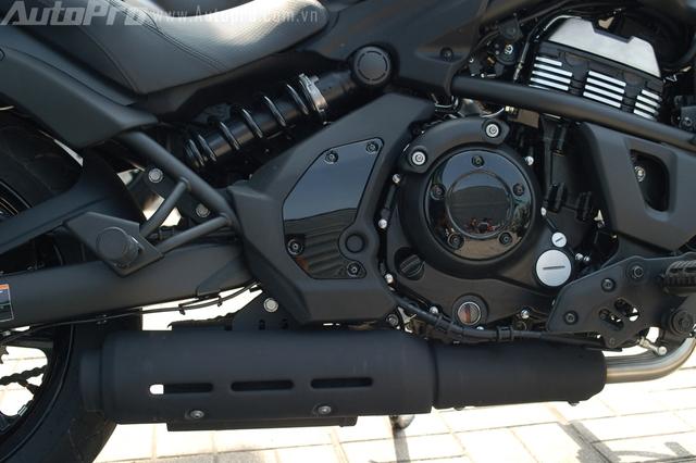 Kawasaki Vulcan S sử dụng động cơ xi-lanh đôi, DOHC, dung tích 649 phân khối, sản sinh công suất tối đa 61 mã lực tại vòng tua máy 8.500 vòng/phút và mô-men xoắn cực đại 63 Nm. Động cơ kết hợp cùng hộp số 6 cấp.