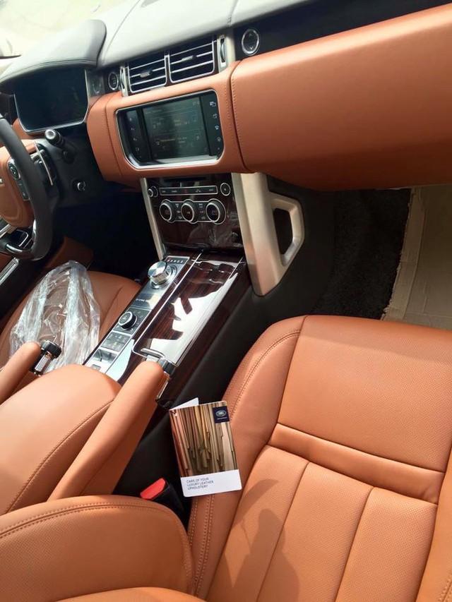 Nội thất vẫn là yếu tố then chốt giúp chiếc SUV đến từ Anh Quốc moi tiền của giới nhà giàu thế giới.