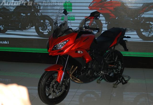 Kawasaki Versys 650 2015 đã chính thức ra mắt tại thị trường Việt Nam cùng với người anh em Vulcan S trong sự kiện diễn ra vào ngày hôm qua tại Sài Gòn.