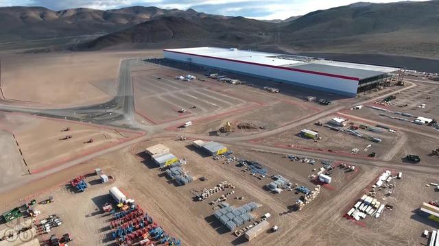 Đây là nhà máy Gigafactory đầu tiên của Tesla tại ngoại ô thành phố Sparks, bang Nevada, Mỹ.