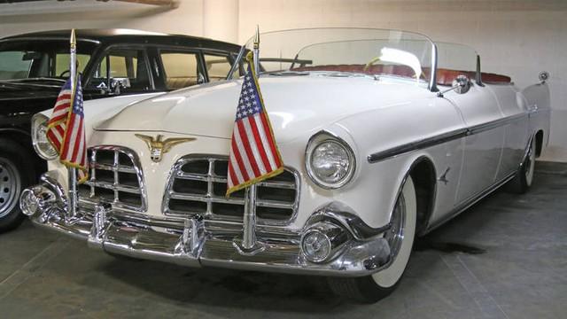 Chiếc Imperial này là một trong những chiếc xe mui trần cuối cùng mà các Tổng thống Mỹ từng sử dụng