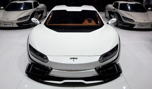 Nhiều hãng xe, cả các hãng siêu xe như Aston Martin, đã lên tiếng khẳng định sẽ sản xuất xe điện tại Trung Quốc.