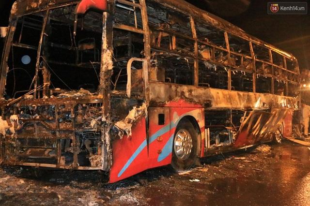 Vụ cháy khiến toàn bộ hành lý của hành khách bị thiêu rụi.