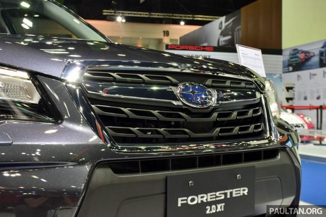 Những điểm chung của 3 bản trang bị là thiết kế đèn hậu mới với hình chữ C ôm trọn hai góc đuôi xe và lưới tản nhiệt khác biệt với logo Subaru nằm giữa thanh mạ crôm.