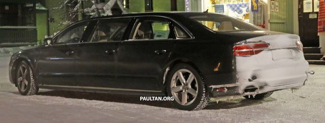 Nhiều người đã bất ngờ khi nhìn thấy chiếc Audi A8 bí ẩn chạy trên đường thử tại Đức.