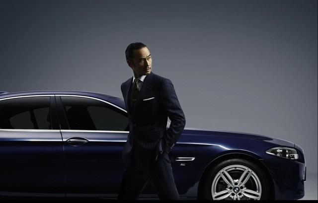BMW 5-Series Baron màu xanh dương...