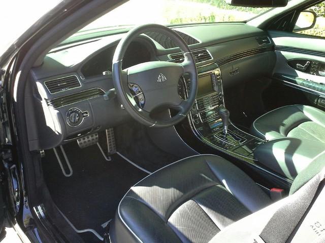 Chỉ còn 3 ngày nữa, giao dịch mua chiếc Maybach 62S bọc thép của Charlie Sheen trên eBay sẽ kết thúc. Người ta dự đoán, chiếc xe có thể mang về số tiền khoảng 400.000 USD.