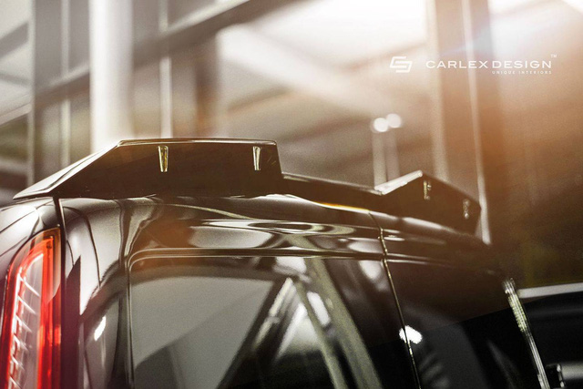 Thứ hai là động cơ Duratec 4 xy-lanh thẳng hàng, DOHC, dung tích 2,5 lít với công suất tối đa 169 mã lực tại vòng tua máy 6.000 vòng/phút và mô-men xoắn cực đại 171 lb-ft tại vòng tua máy 4.500 vòng/phút.