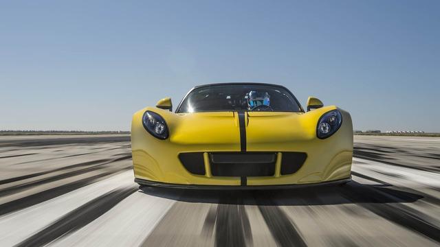 Như vậy, thành tích này còn thấp hơn tốc độ tối đa của Venom GT Spyder mà hãng Hennessey công bố trên lý thuyết. Tuy nhiên, tốc độ của Hennessey Venom GT Spyder lại vượt qua kỷ lục 254,04 dặm/h, tương đương 408,8 km/h, do ông hoàng Bugatti Veyron Super Sport Vitesse đã thiết lập trước đây.
