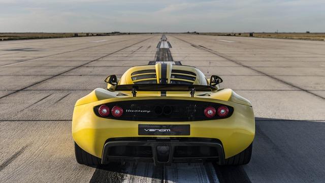 Để chúc mừng việc đạt kỷ lục tốc độ thế giới mới, hãng Hennessey khẳng định sẽ tung 3 chiếc Venom GT Spyder World Record Edition ra thị trường.
