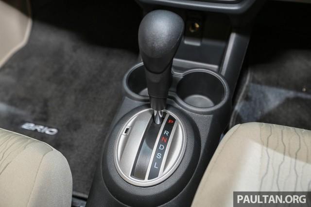 Tại thị trường Indonesia, Honda Brio Satya 2016 sử dụng động cơ xăng 4 xy-lanh, dung tích 1,2 lít, sản sinh công suất tối đa 90 mã lực và mô-men xoắn cực đại 110 Nm, tăng nhẹ so với trước. Động cơ SOHC, i-VTEC và đáp ứng tiêu chuẩn khí thải Euro 4 này kết hợp với hộp số tự động CVT hoặc sàn 6 cấp.