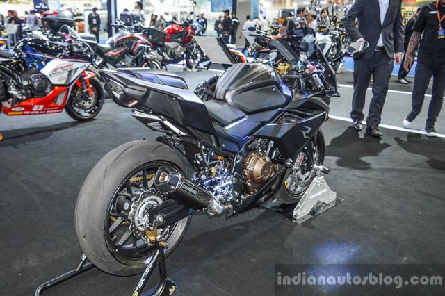 Với thiết kế bắt mắt, CBR500R độ của hãng K-Speed đã giành giải trong cuộc thi Honda Motorbike Idea Challenge 2016 tại Thái Lan. Xe được phát triển dựa trên Honda CBR500R phiên bản mới ra mắt thị trường Thái Lan.