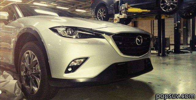 Hình ảnh của Mazda CX-4 trong nhà máy.